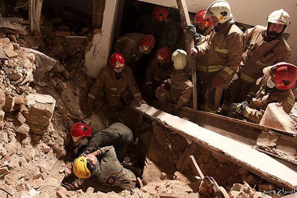 5 نفر توسط آتش نشانان همدانی نجات یافتند