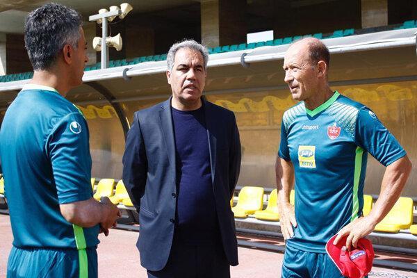 جلسه مدیرعامل باشگاه پرسپولیس با گابریل کالدرون