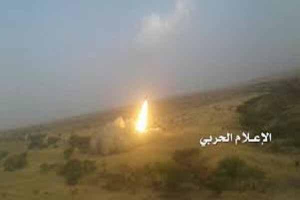 حمله موشکی نیروهای یمنی به فرودگاه نجران با شلیک بدر1