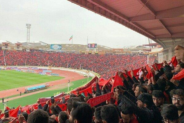 طبقه اول استادیوم یادگار امام پر شد، حضور 60 هزار نفری طرفداران